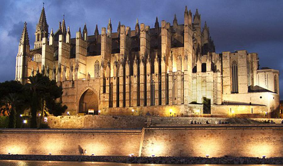 走进西班牙10个小城,玩转特色圣诞游